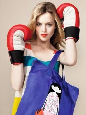 Благотворительная кампания Marc by Marc Jacobs Fight Like a Girl
