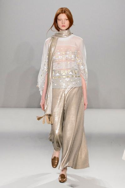 Неделя моды в Лондоне: 22 февраля | галерея [2] фото [3]