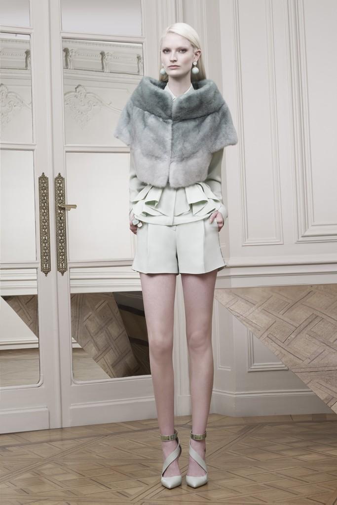 Модная одежда из мех