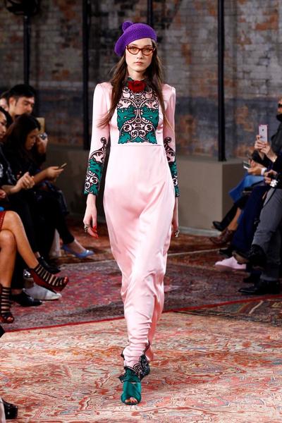 Дом Gucci представил новую круизную коллекцию 2016 | галерея [2] фото [24]