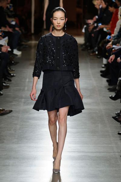 Показ Oscar de la Renta на Неделе моды в Нью-Йорке | галерея [1] фото [25]