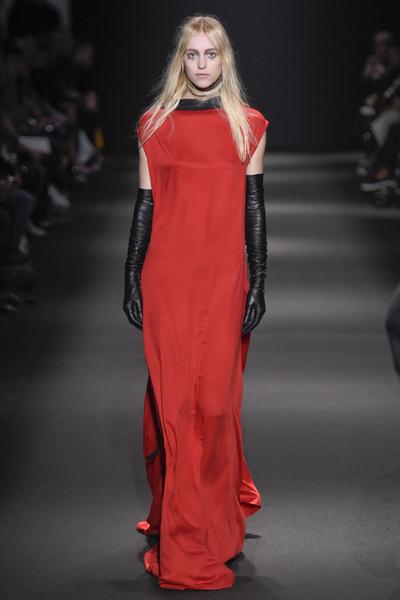 Неделя моды в Париже: 5 марта | галерея [3] фото [6]