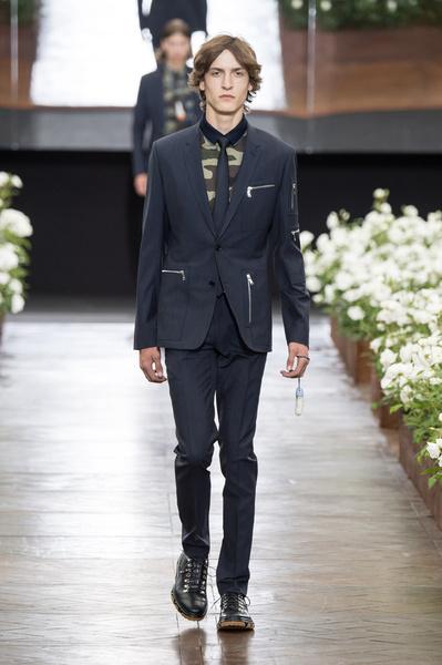 Неделя мужской моды в Париже: лучшие показы | галерея [6] фото [22]