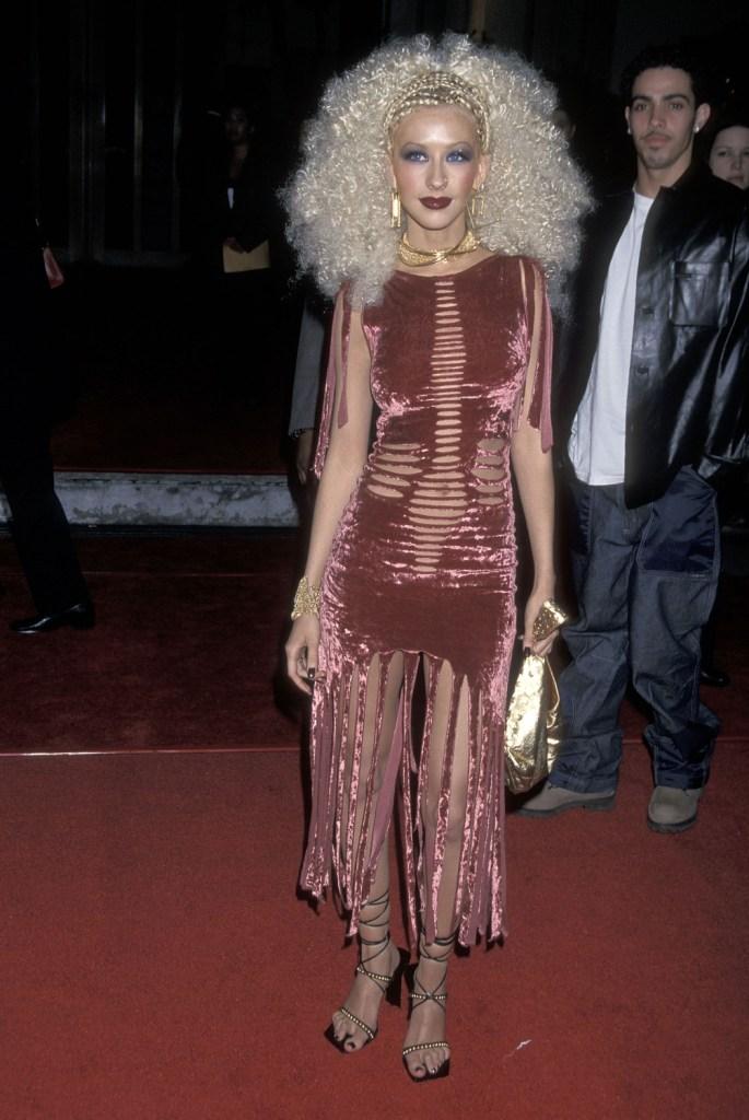 Кристина Агилера на Blockbuster Entertainment Awards 2001 года