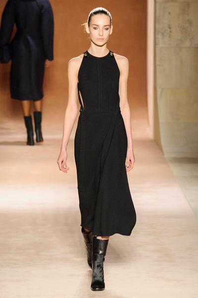 Показ Victoria Beckham на Неделе моды в Нью-Йорке | галерея [1] фото [8]