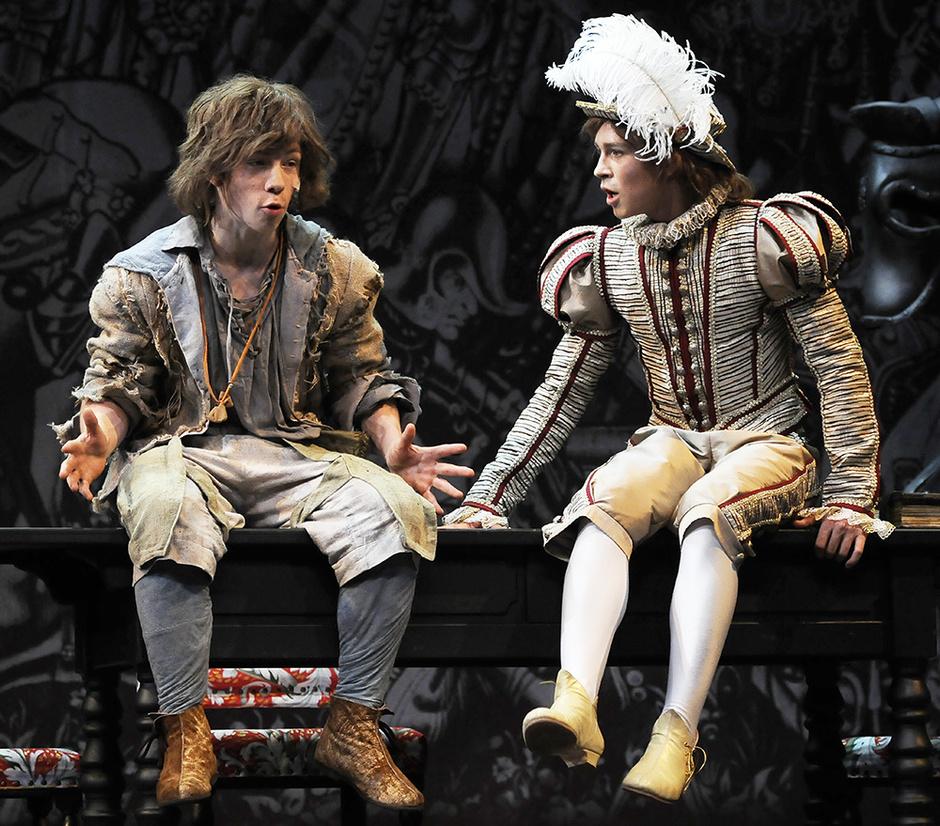 принц и нищий сцена из спектакля