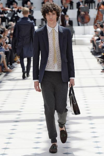 Показ Burberry Prorsum на Неделе мужской моды в Лондоне | галерея [2] фото [1]