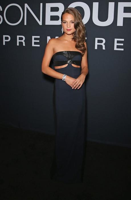 Алисия Викандер в Louis Vuitton