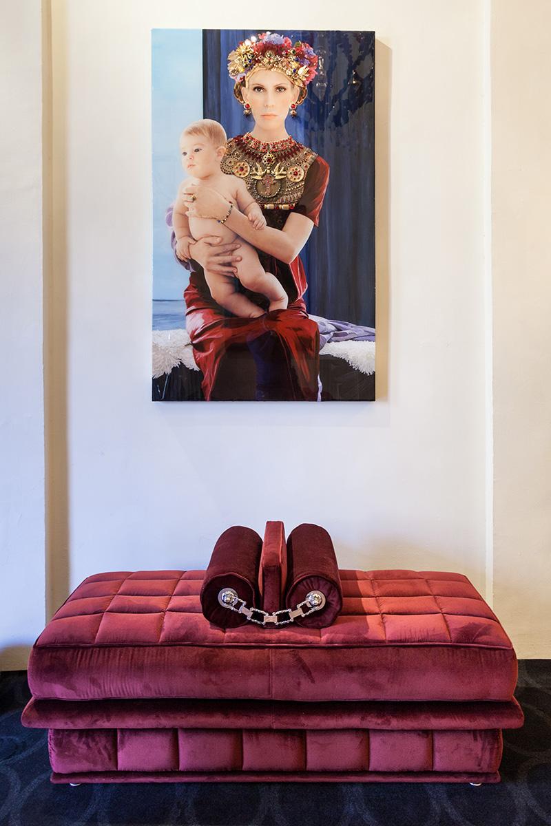 Выставка современных художников Collection Privée в шоу-руме Visionnaire в Болонье (зима 2014 года).