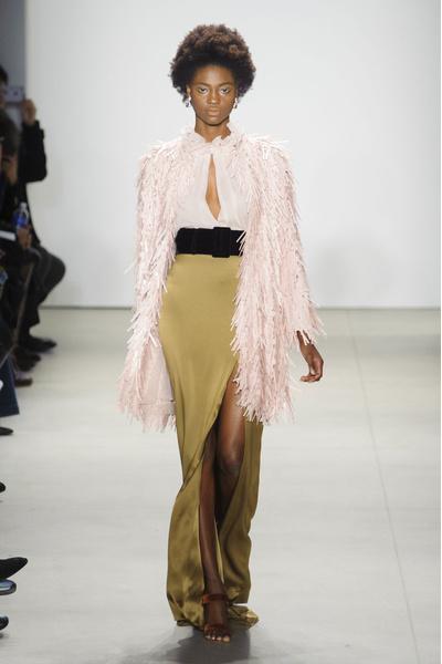 Самые красивые образы Недели моды в Нью-Йорке | галерея [1] фото [44]