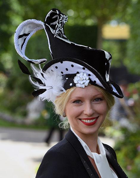 Королевские скачки в Аскоте: парад шляп | галерея [1] фото [30]