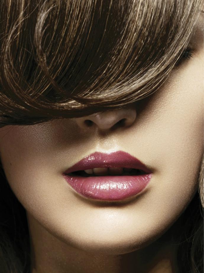 Топ-7 розовых блесков для губ