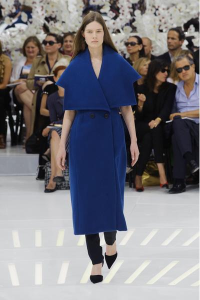 мПоказ Christian Dior на Неделе Высокой моды в Париже