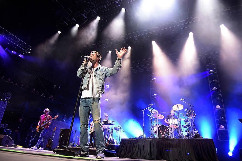 Выступление группы Maroon 5