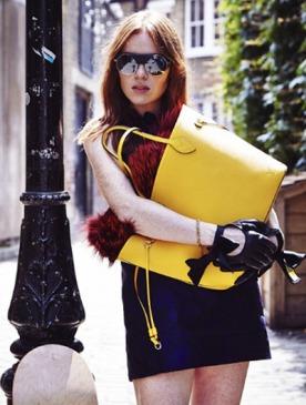Анжела Скэнлон стала лицом новой сумки Neverfull Epi от Louis Vuitton