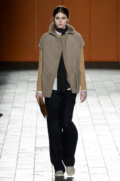 Неделя моды в Лондоне: 22 февраля | галерея [3] фото [10]