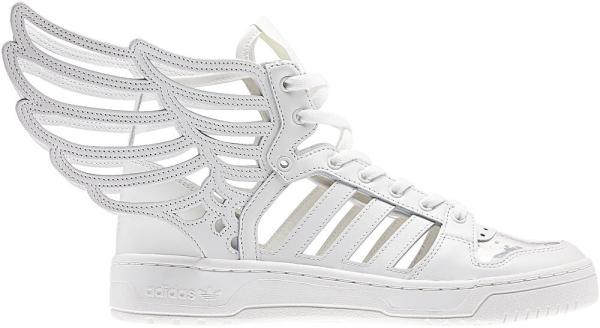 Кроссовки с крылышками от adidas Originals