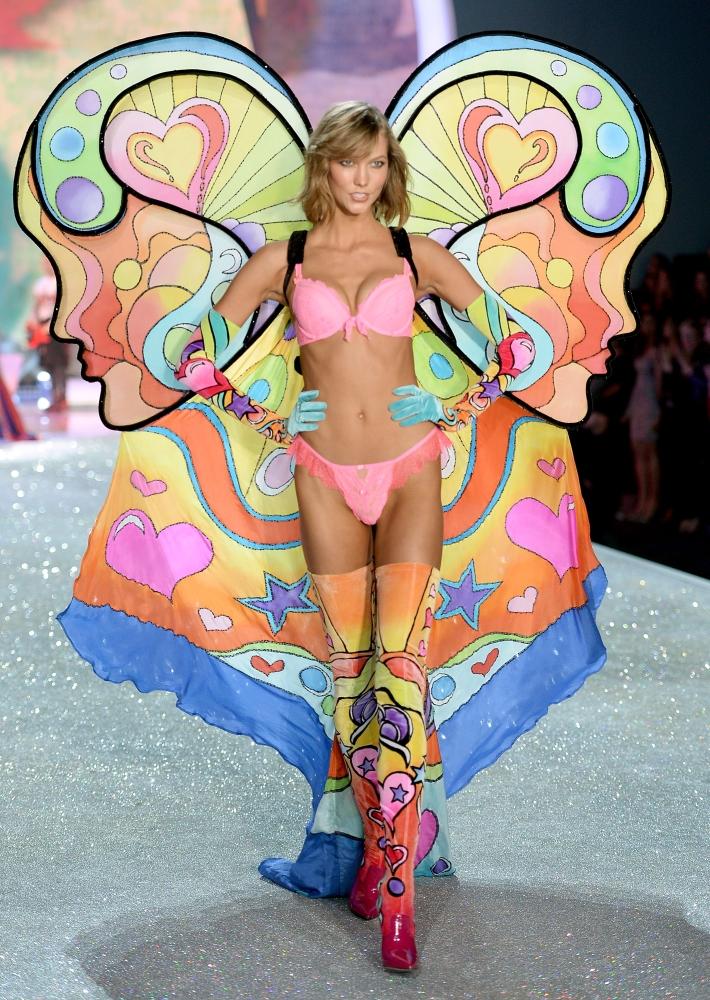 показ Victoria's Secret 2013
