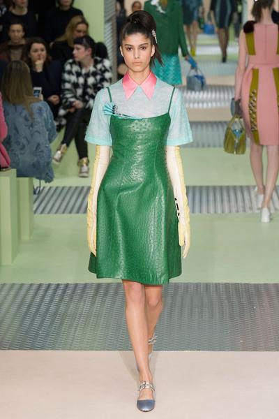 Показ Prada на Неделе моды в Милане | галерея [1] фото [12]