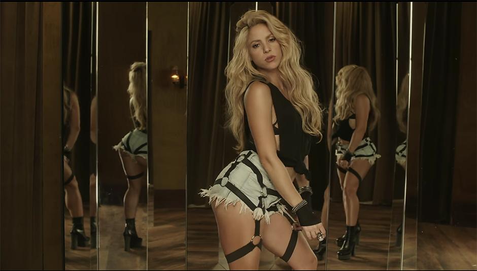 Шакира разочаровала поклонников неидеальной фигурой