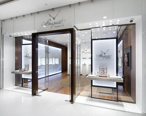 Часовой дом Breguet открывает бутик в Галереях «Времена Года» | галерея [1] фото [5]