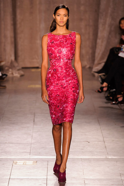Black tie: показы Carolina Herrera, Reem Acra и Zac Posen на Неделе моды в Нью-Йорке | галерея [1] фото [13]