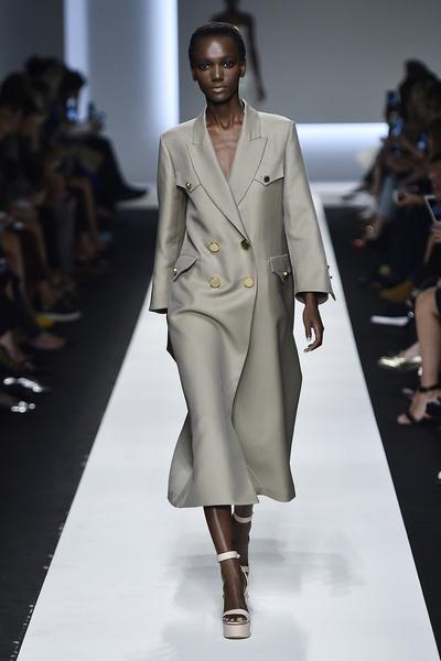 Неделя моды в Милане 2015: день четвертый | галерея [4] фото [8]