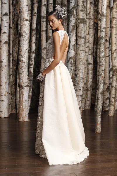 ЗАМУЖ НЕВТЕРПЕЖ: 10 самых красивых свадебных коллекций сезона | галерея [3] фото [13]