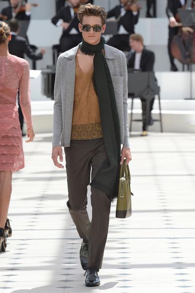 Показ Burberry Prorsum на Неделе мужской моды в Лондоне | галерея [2] фото [14]