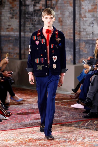 Дом Gucci представил новую круизную коллекцию 2016 | галерея [2] фото [41]