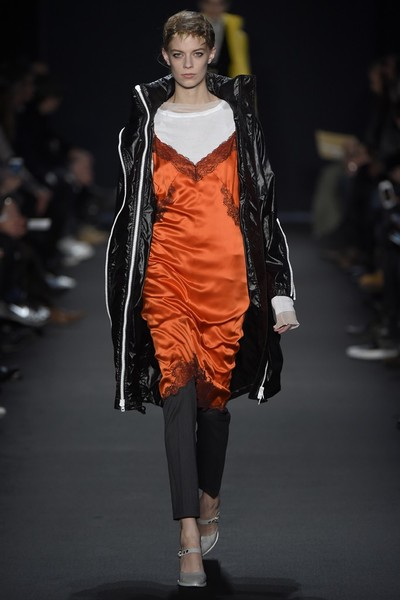 Лучшие показы Недели моды в Нью-Йорке: 16 февраля | галерея [2] фото [4]