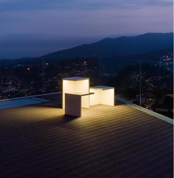Светящаяся мебель для сада от фабрики Vibia | галерея [1] фото [4]