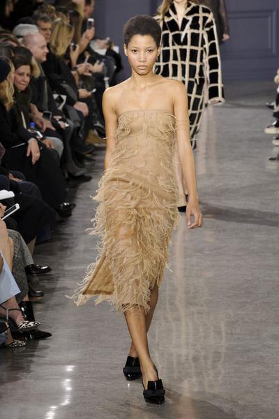 Самые красивые образы Недели моды в Нью-Йорке | галерея [1] фото [50]
