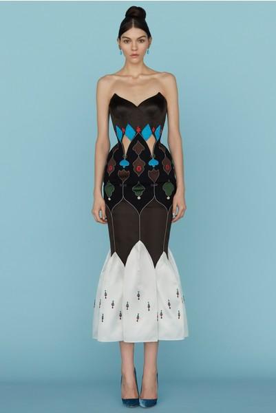 Ульяна Сергеенко представила новую коллекцию на Неделе высокой моды в Париже | галерея [1] фото [29]