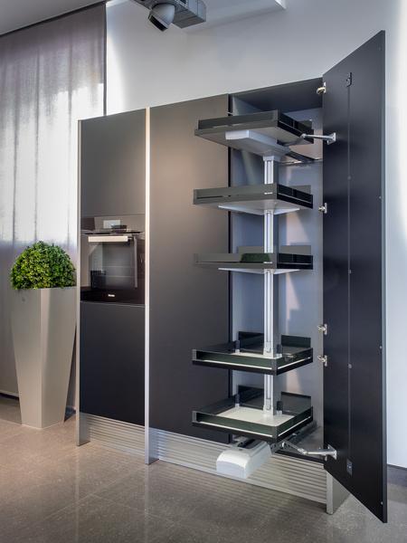 Poggenpohl совместно с Porsche Design Studio выпустили новую кухню | галерея [1] фото [4]