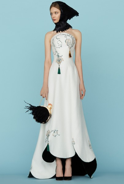 Ульяна Сергеенко представила новую коллекцию на Неделе высокой моды в Париже | галерея [1] фото [31]