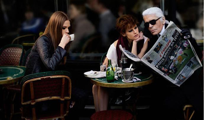 Фотоистория с участием Карла Лагерфельда в Elle France