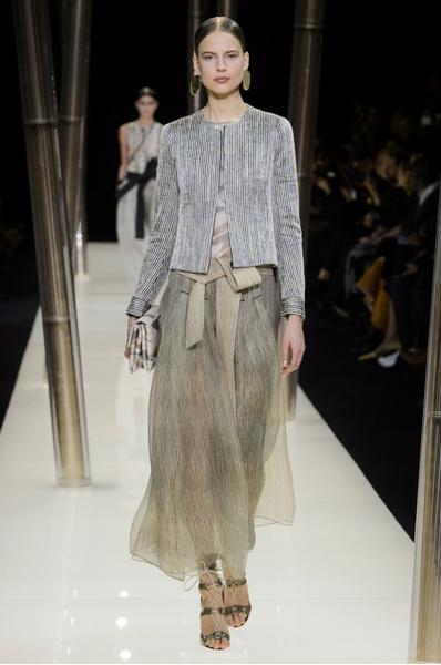 На Неделе высокой моды в Париже прошел юбилейный показ Giorgio Armani Prive | галерея [1] фото [28]