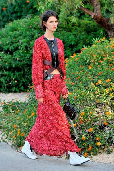 Показ круизной коллекции Louis Vuitton в Палм-Спринг | галерея [1] фото [29]