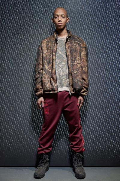 Yeezy Season 5: что нужно знать о новой коллекции Канье Уэста | галерея [1] фото [14]