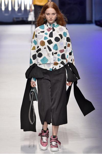 Неделя моды в Милане: день пятый | галерея [1] фото [3]