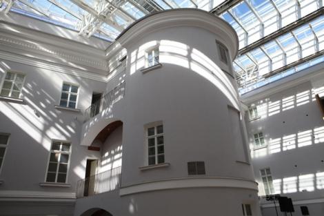 Здание Главного Штаба на Дворцовой площади в Санкт-Петербурге
