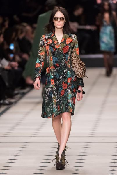 Показ Burberry Prorsum на Неделе моды в Лондоне | галерея [1] фото [33]