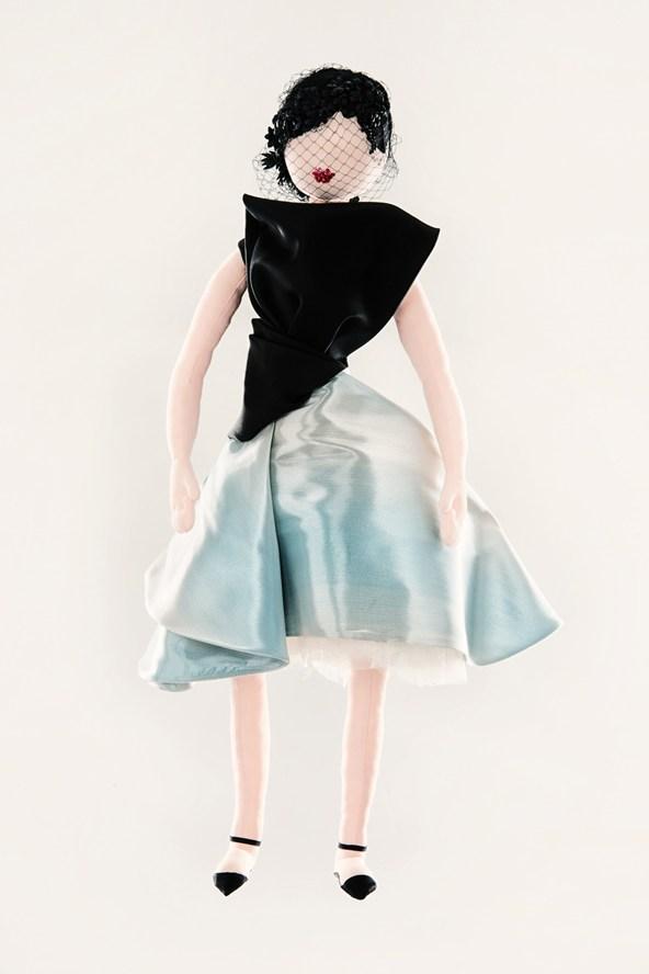 выставка кукол диор