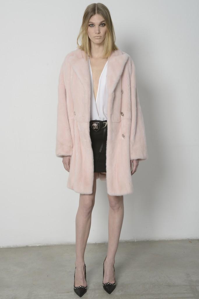 Бренд Versace представил межсезонную коллекцию 2014