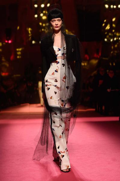 Показ Schiaparelli Haute Couture | галерея [1] фото [6]