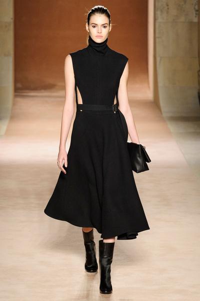 Показ Victoria Beckham на Неделе моды в Нью-Йорке | галерея [1] фото [18]