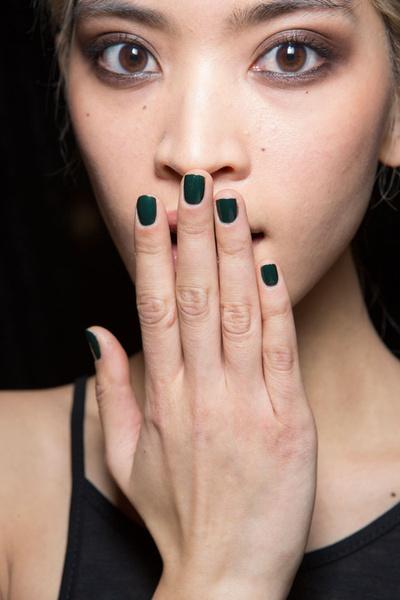 Бьюти-тренды всех Недель моды fw 2015 | галерея [11] фото [1] Nicole Miller
