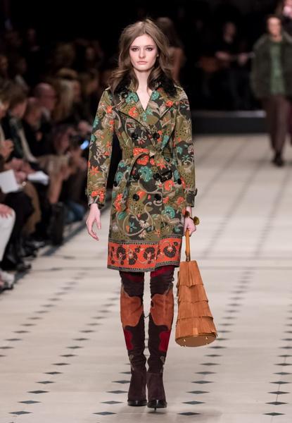 Показ Burberry Prorsum на Неделе моды в Лондоне | галерея [1] фото [31]