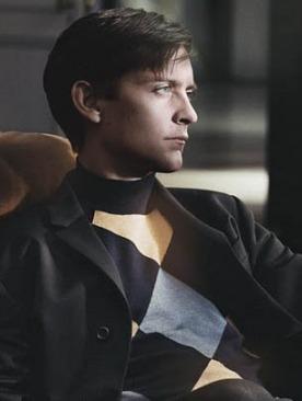 Тоби Магуайр в рекламе Prada